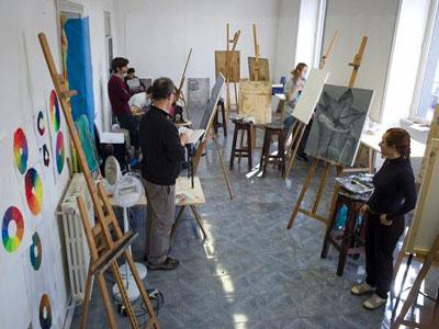 Largo dei Fiorentini Studio Art Facilities